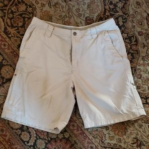 Men's Columbia Flex Roc shorts size 34